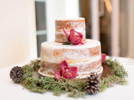 Wedding Cake and Branden Rachel wedding
