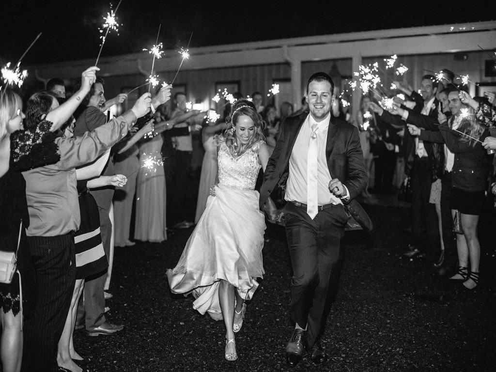 Make your Wedding Sparkler Send Off a Success! | Y-It Entertainment