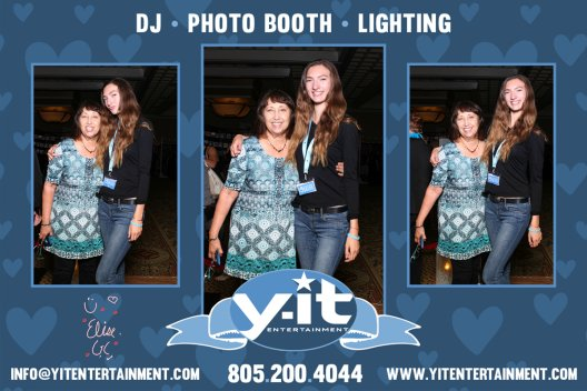 Mirror Booth Bridal Show image 2 www.Yitentertainment.com Mobile DJ, Photo Booth, Lighting