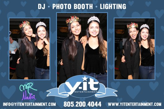 Mirror Booth Bridal Show image www.Yitentertainment.com Mobile DJ, Photo Booth, Lighting