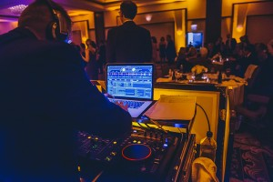 Selecting a Wedding DJ and What to Look for 2018