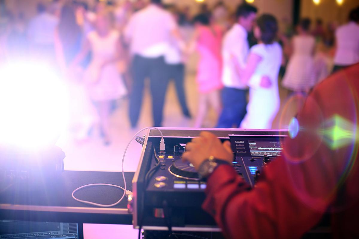 Wedding DJ 2 person Team 2018