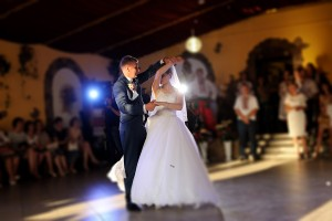 Wedding DJ Couple dancing 2018