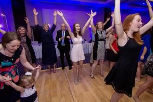 Y-it Entertainment Wedding Dance floor before dinner 2017