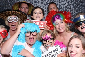 Selecting a Photo Booth company and what to look for 2018 www.yitentertainment.com
