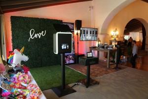 Simply The Best Wedding Showcase Santa Barbara 2018 Y-it Entertainment display