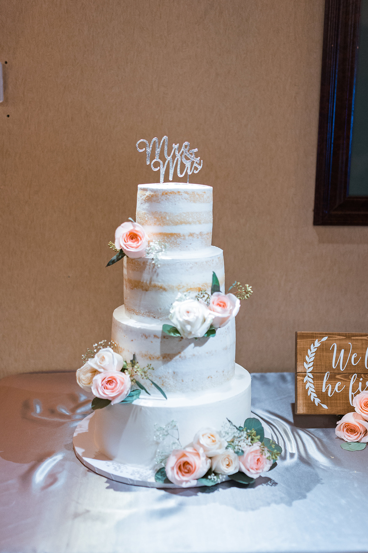 Saticoy Country club wedding cake Taylor and Brian 2018