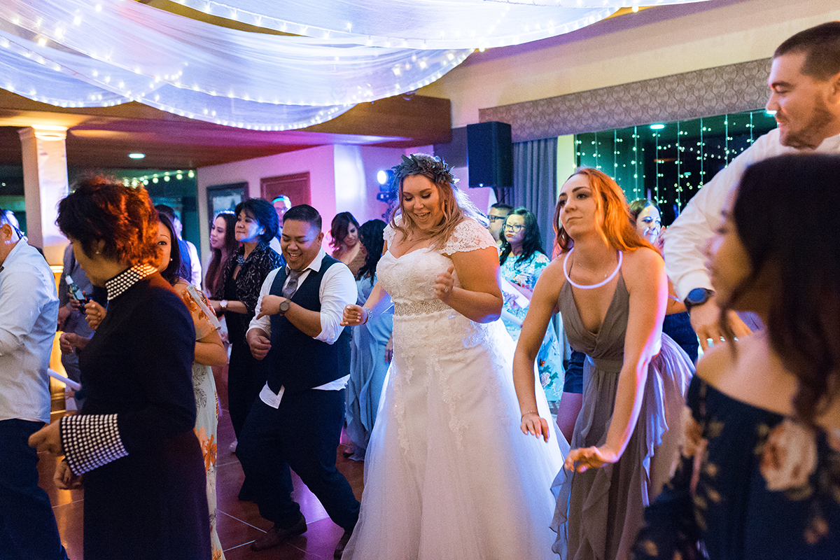 Taylor and Brian's Wedding at Saticoy Country Club dance time 2018