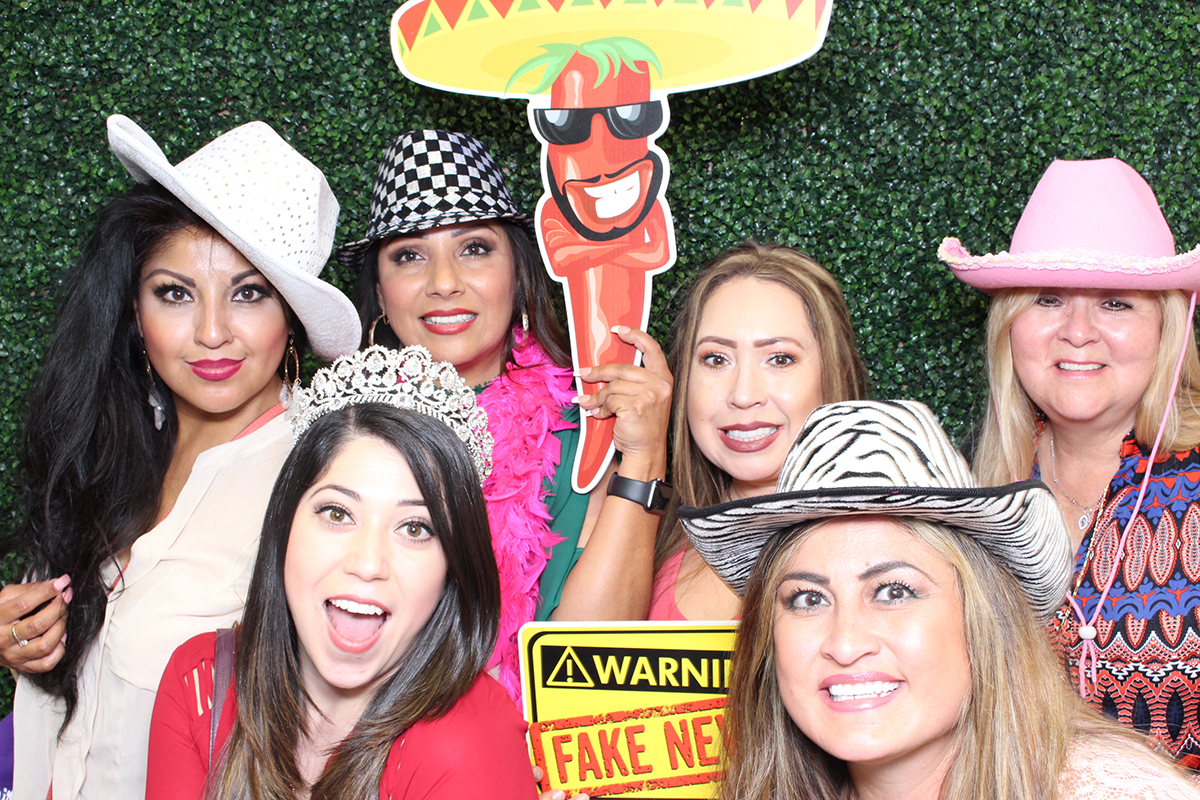 Latino Business Expo at Ventura County Fairgrounds May 2018 photo booth 1 www.YitEntertainment.com