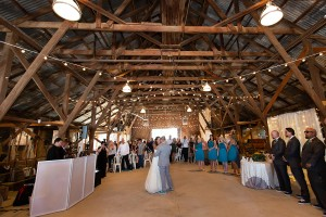 Kelly & Robbie wedding first dance strathearn park simi valley 2018