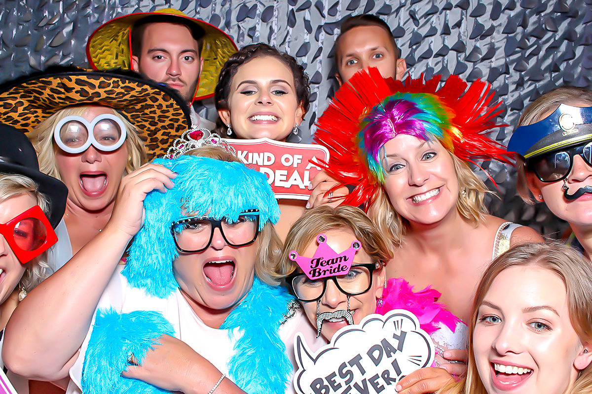 Photo Booth Ventura County Y-it Entertainment