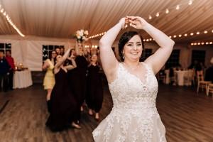 Wedding Bouquet toss Y-it Entertainment